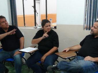 Diskussion mit gehörlosen Informanten